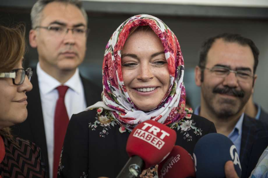 Lindsay Lohan Has Converted to Islam