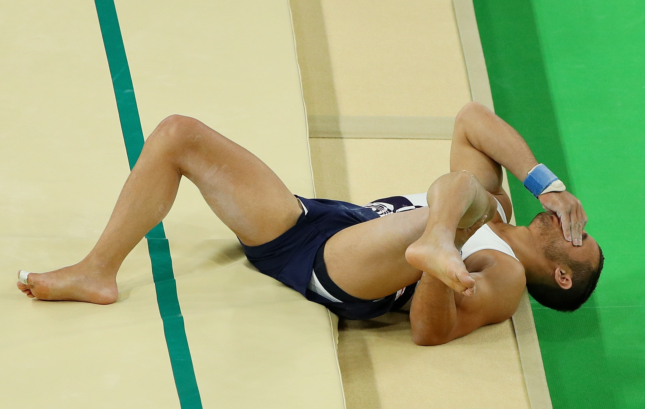 French Athlete Samir Ait Said Breaks His Leg During Vault on Opening Day of Rio Olympics 2016