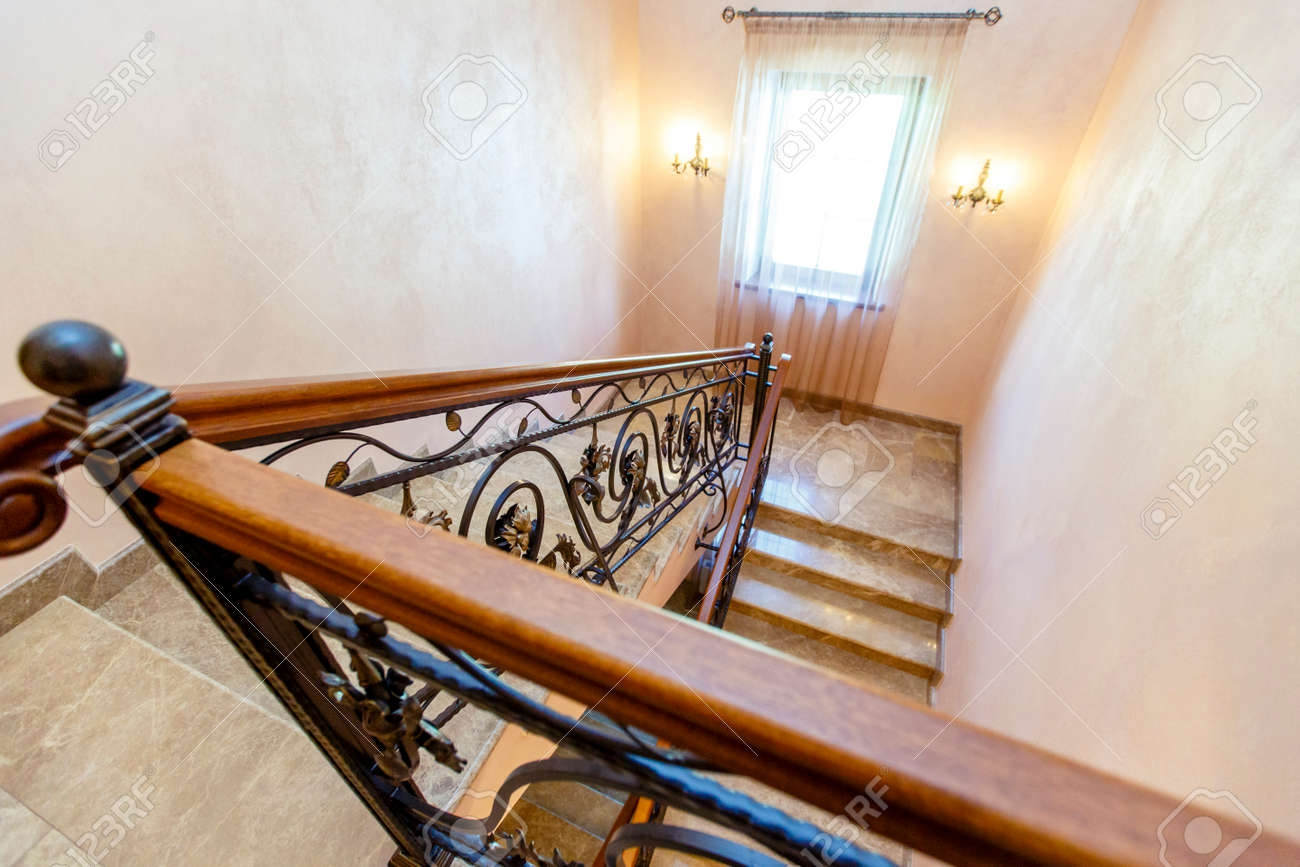 Wrought Iron Staircase In The Cottage Marble Steps Black Wrought | Black Wrought Iron Stair Railing | Oak And Iron | Straight Line | Rectangular Iron | Walnut Iron | Steel Railing