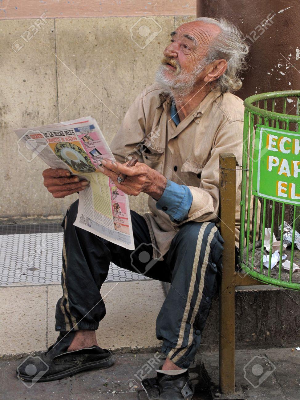 Image of: Begging Habana Cuba February 202009 Poor Old Man Alone In The 123rfcom Habana Cuba February 202009 Poor Old Man Alone In The Stock
