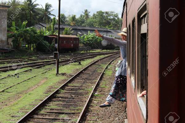 train colombo to galle # 11