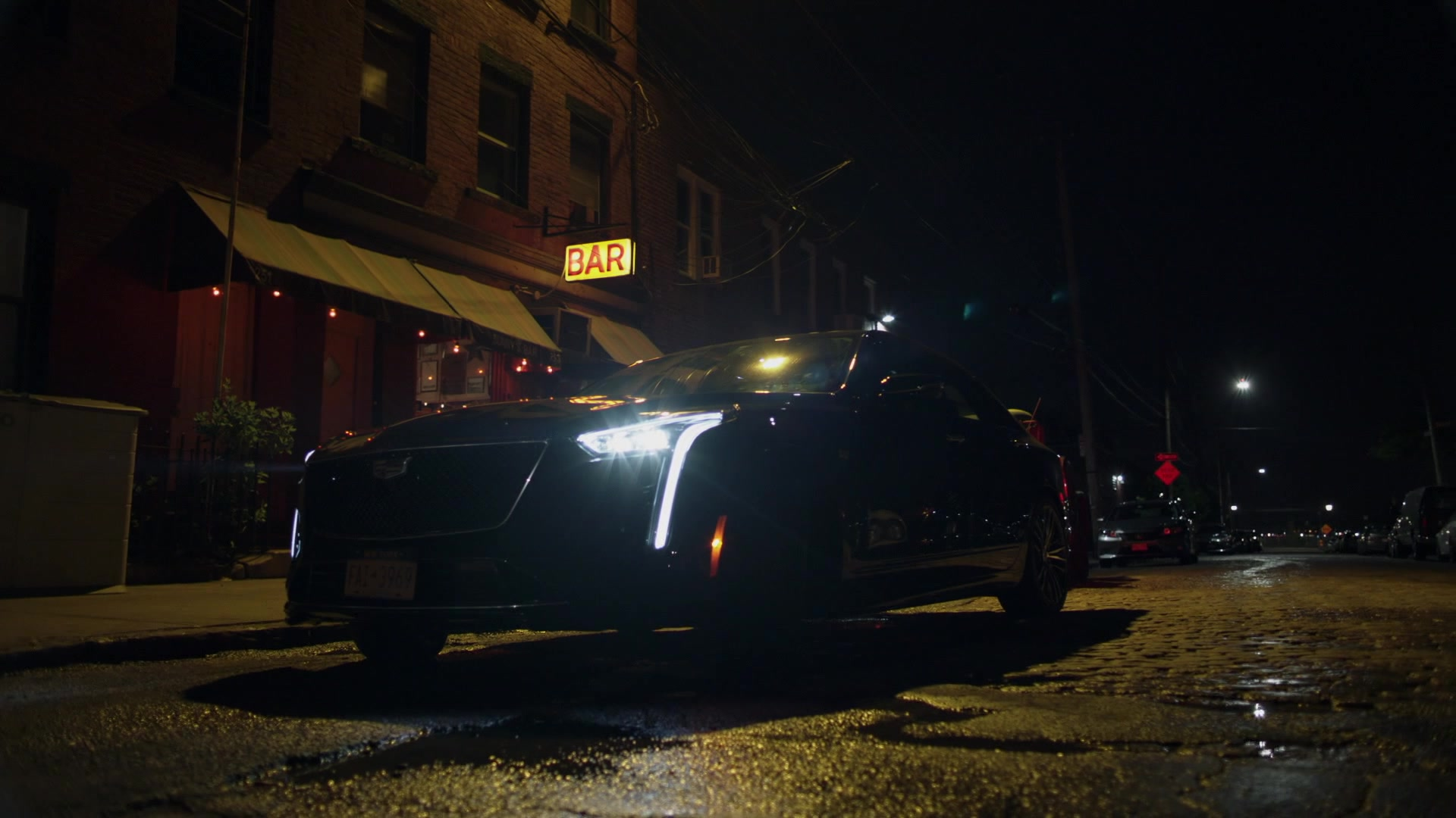 Cadillac Ct6 Car Used By Liev Schreiber In Ray Donovan Season 6 Episode 4 Quot Pudge Quot 2018 Tv Show