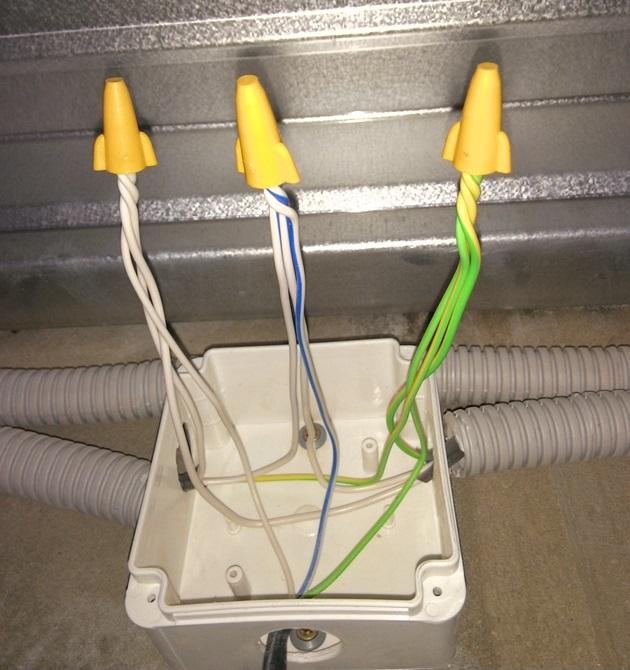 Isolement des extrémités du fil