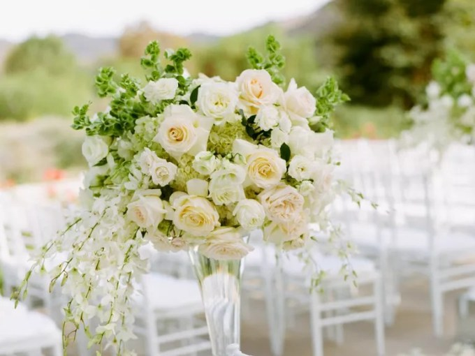 Wedding Flowers  Bouquets and Centerpieces 15 Wedding Flower Mistakes to Avoid