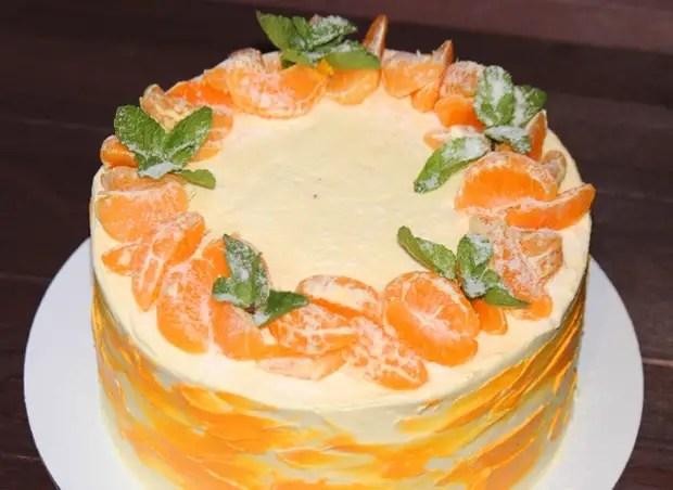 Как украсить торт мандаринами и кремом