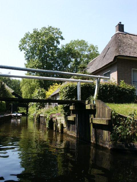 a waterway in Giethoorn