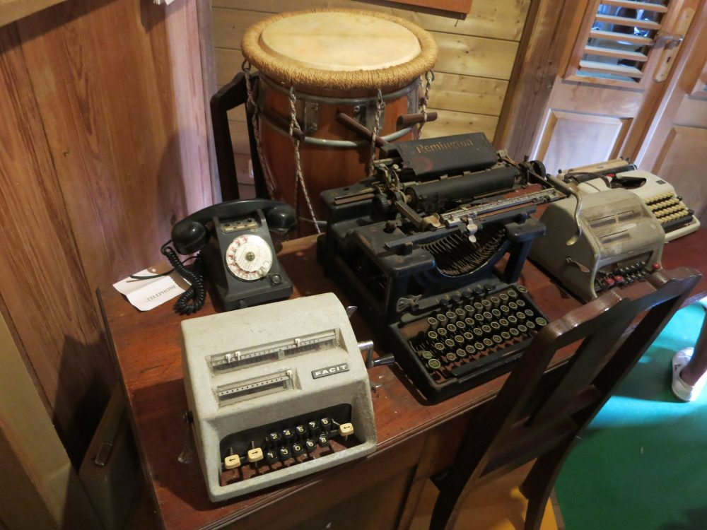 some of the typewriter collection in the Banana Museum