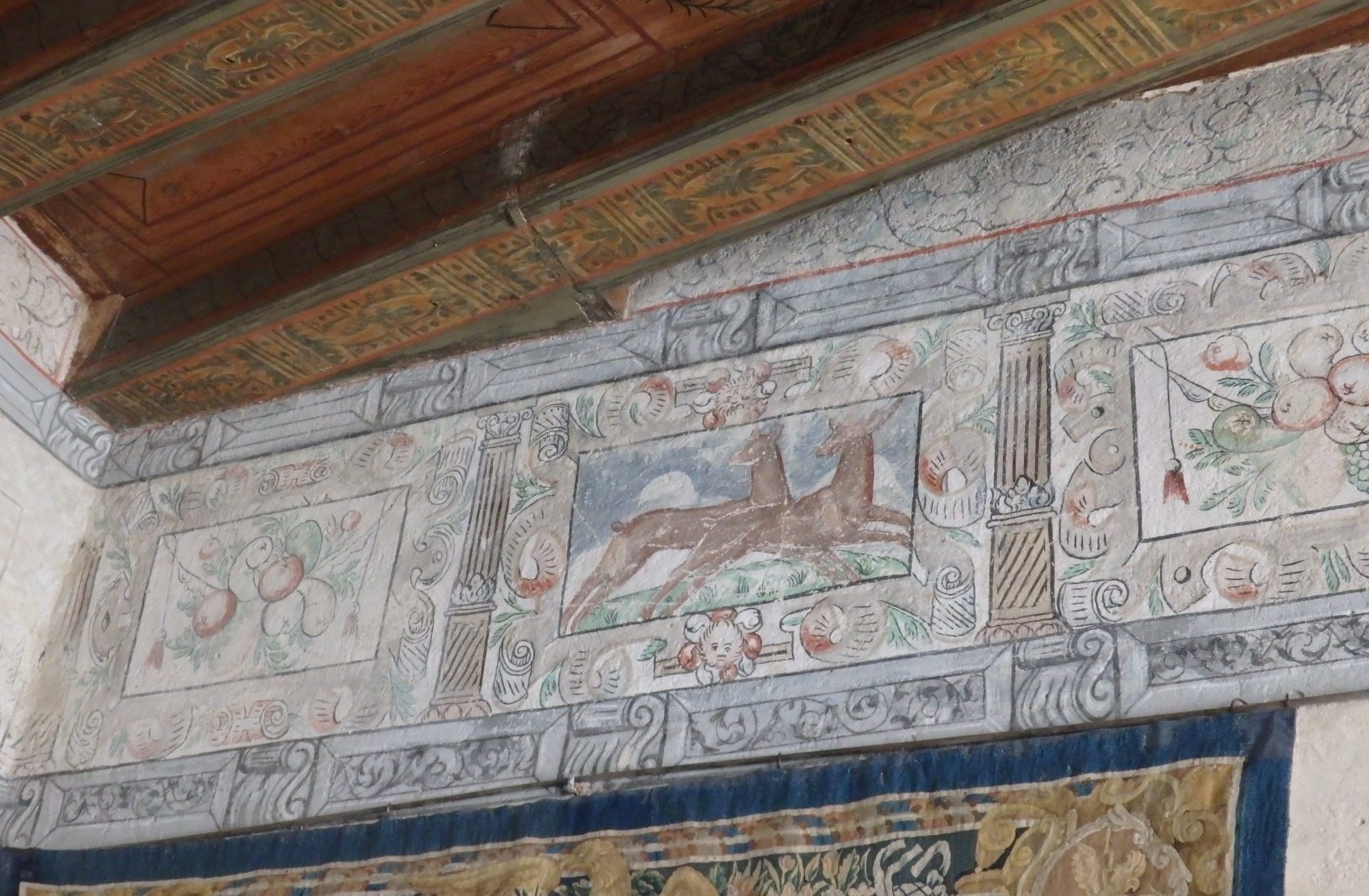 Here you can see a bit of the original 16th-century wall and ceiling painting in Gripsholm Castle, Mariefred, Sweden