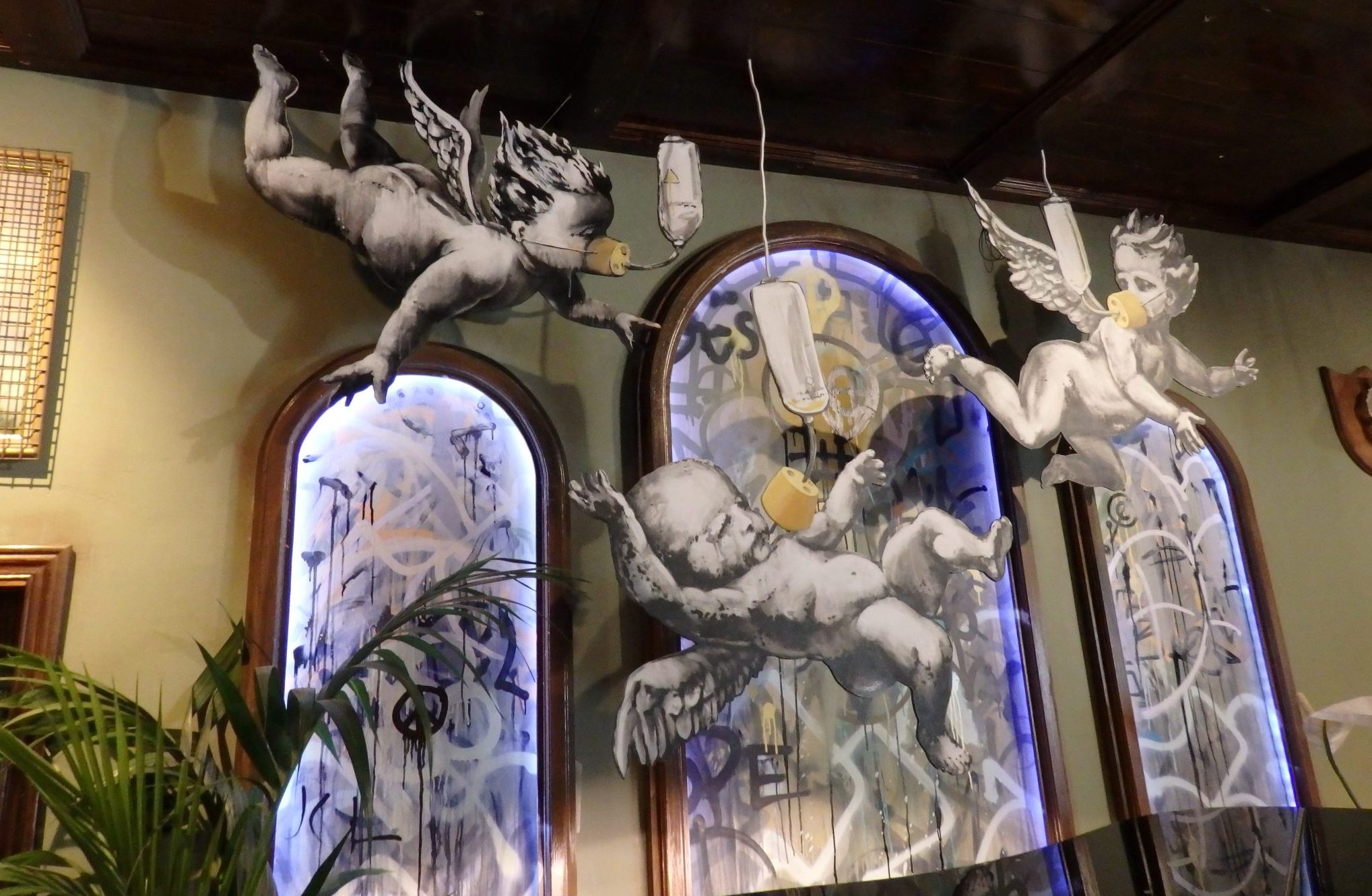 A closer look at the cherubs above the piano