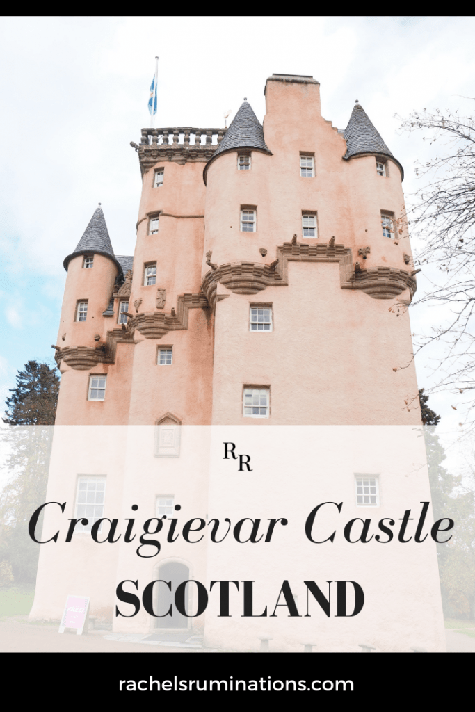 The pink color and turrets of Craigievar Castle in Aberdeenshire, Scotland, make it look like a fairy tale. Read about it here! #craigievar #craigievarcastle #aberdeenshire #scotland