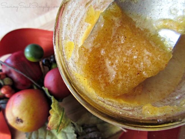 diy-pumpkin-sugar-scrub