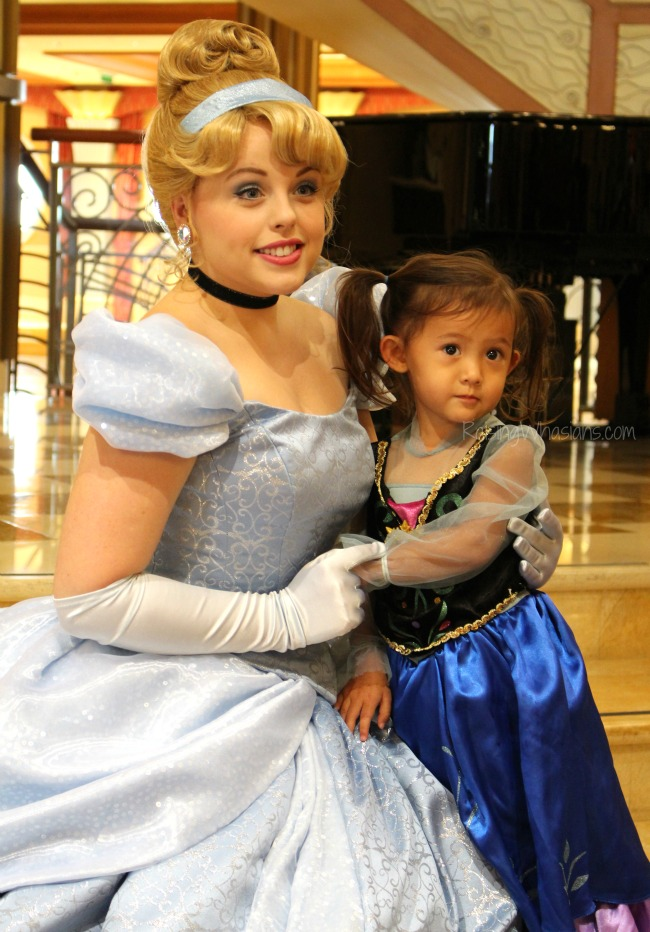 how to see disney princess on cruise