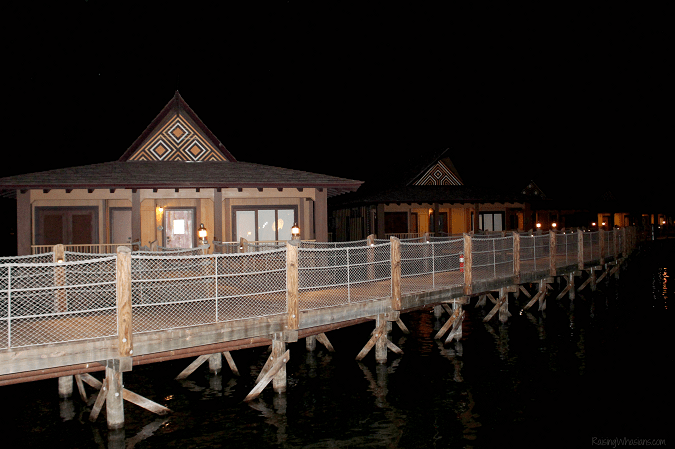 Polynesian bungalows review