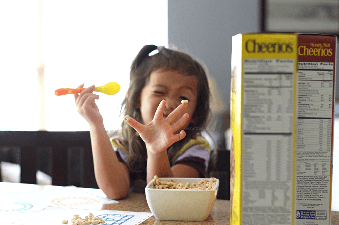 Cheerios preschool activities Help your child master Pre-K with these FREE Printable ABC Worksheets for Preschoolers. Learning the ABCs is much more fun with Do a Dot Cheerios - Hands-on learning for preschoolers with this kids activity - Don't miss this learning activity for preschoolers to learn their letters. Amazing early reading skill development - #KidsActivities #FreePrintable #homeschool #Preschool #EarlyLearning