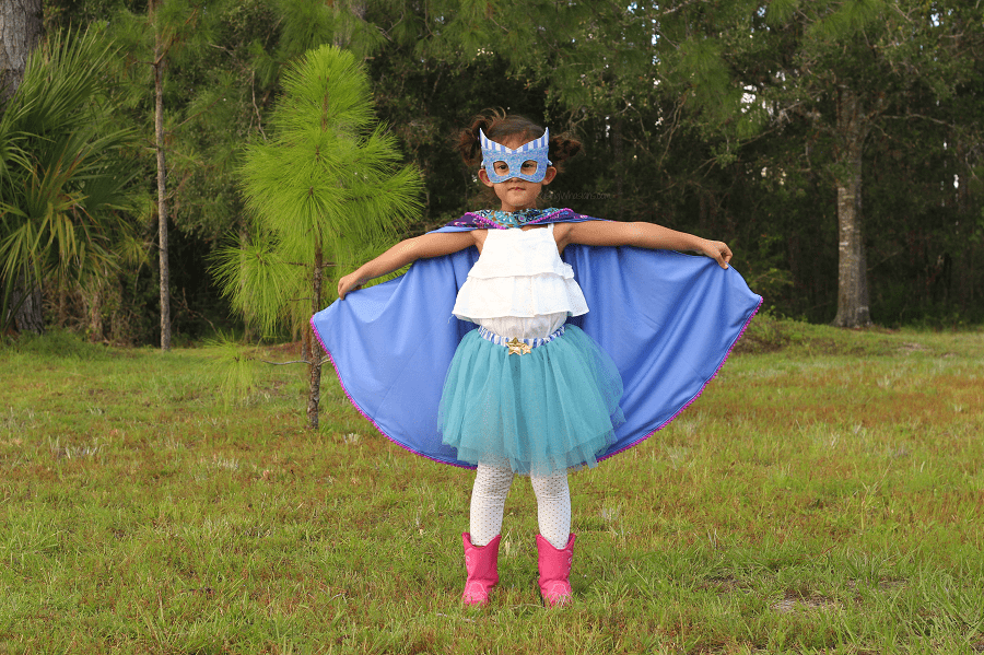 Daughters should play superheroes