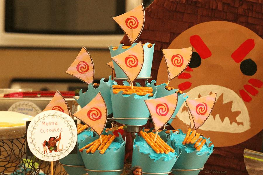 DIY Moana cupcake toppers