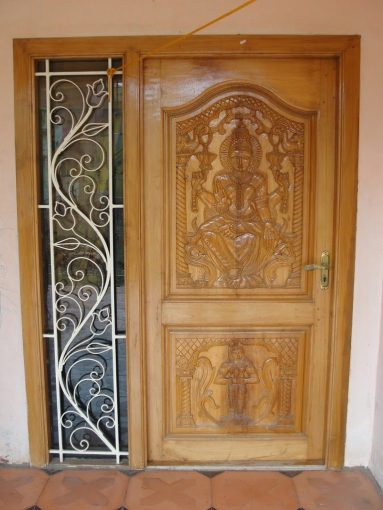 Vastu Tips Entrance Door  Vastu Sastra Tips for Main Door Direction Vastu Tips Entrance Door   In order to illustrate the effects of main door  during construction or already build house  I have given two examples with  one