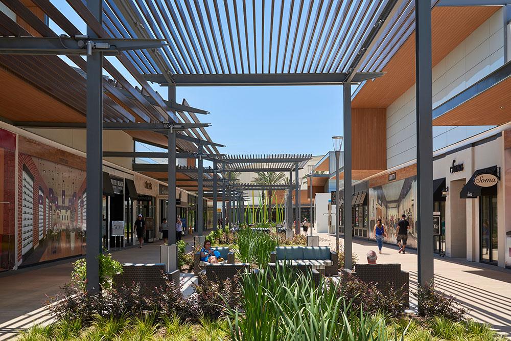 Baybrook Mall Randy Burkett Lighting Design