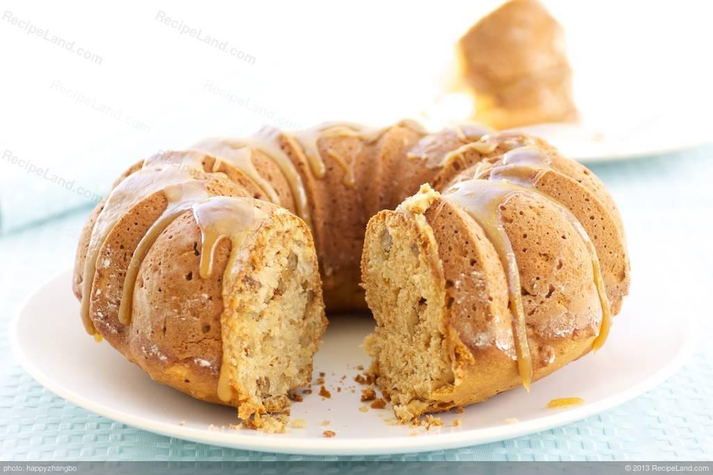 Very Moist Apple Cake
