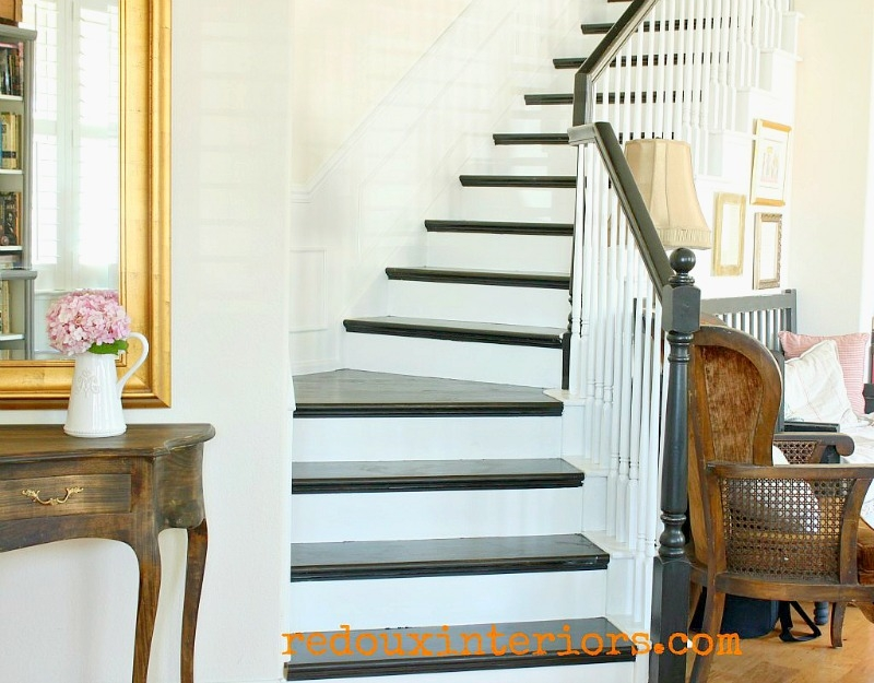 Diy Black And White Staircase | Painted Black Stair Railing | Carpet | High Gloss | Wall Both Side | Step | Colour Combination