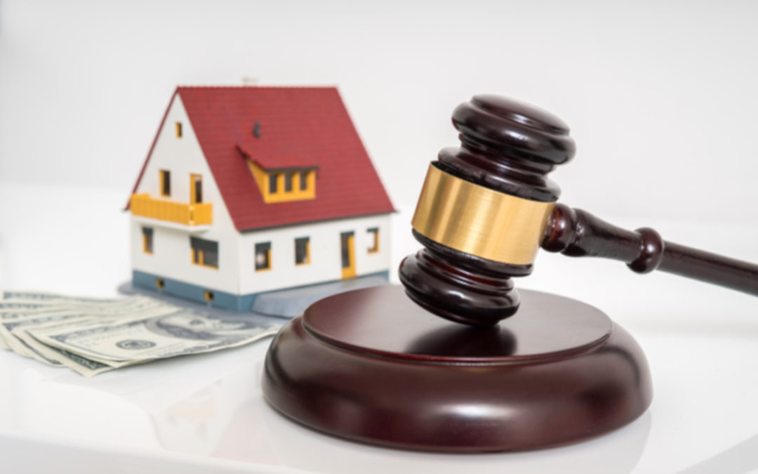 Making Offer Foreclosed Home