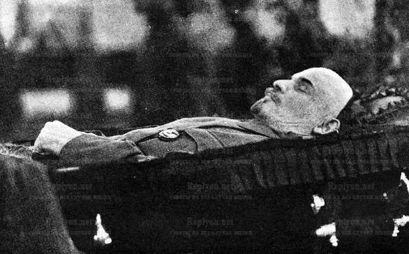 Почему не хоронят Ленина