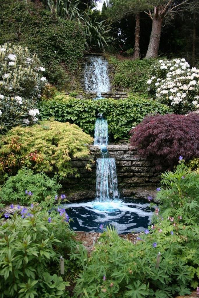 Flower Cottage English Country Garden