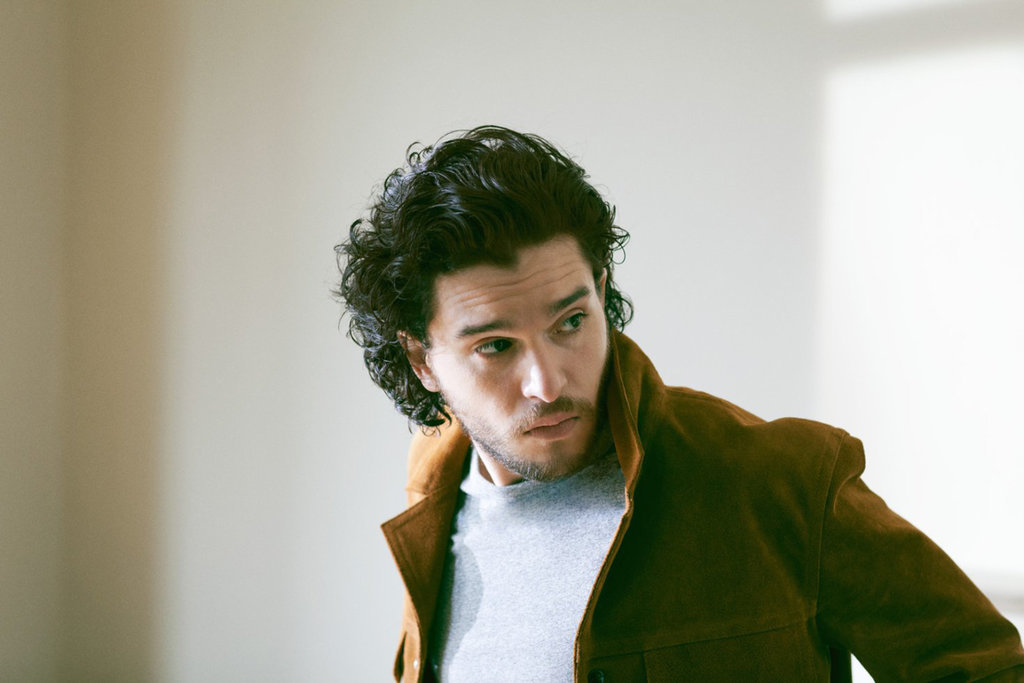 Le Meilleur Kit Harington In Mr Porter May 2015 Pictures Popsugar Ce Mois Ci