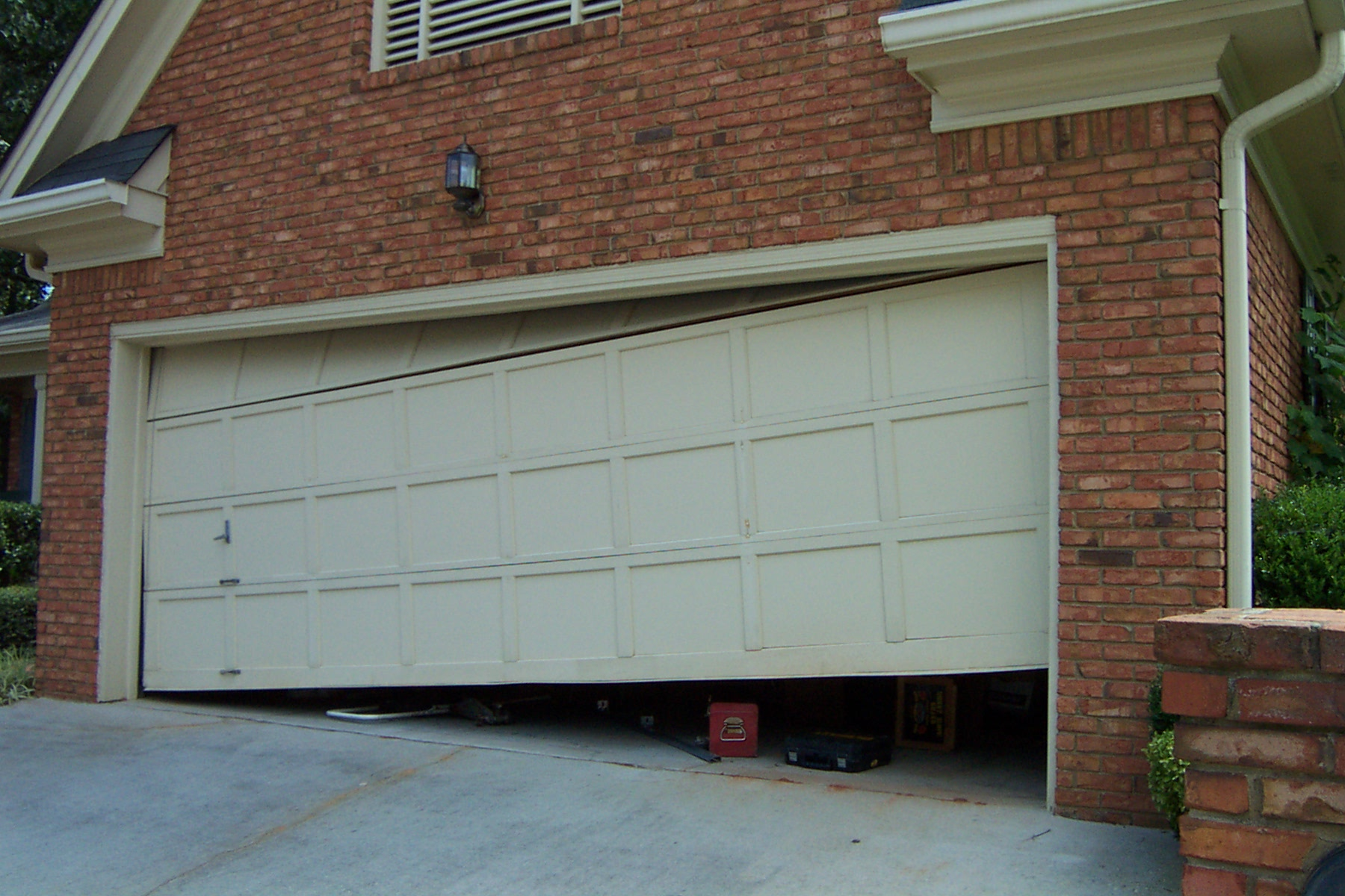 Le Meilleur Common Garage Door Problems Issues Az Garage Pros Ce Mois Ci