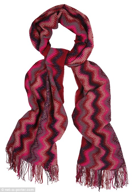 Le Meilleur Style Classics The Missoni Scarf Daily Mail Online Ce Mois Ci