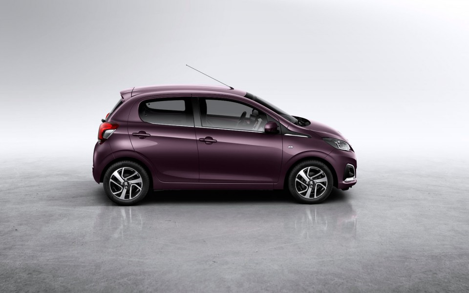 Le Meilleur Photo Peugeot 108 5 Portes Violet Red Purple Photos Ce Mois Ci