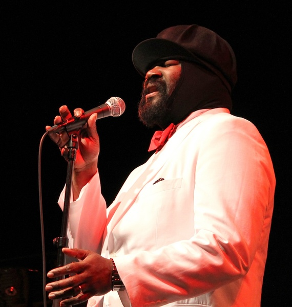 Le Meilleur Chart Topping Jazz Singer Gregory Porter Performs In Ce Mois Ci