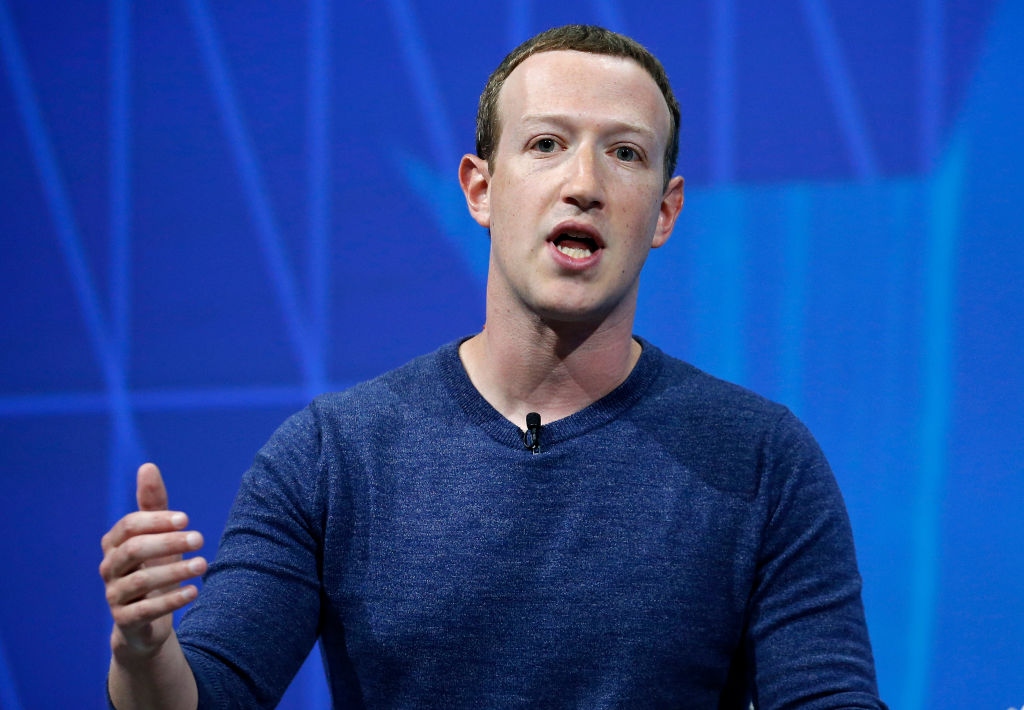 Le Meilleur Mark Zuckerberg Rumored To Have Panic Chute For Ce Mois Ci