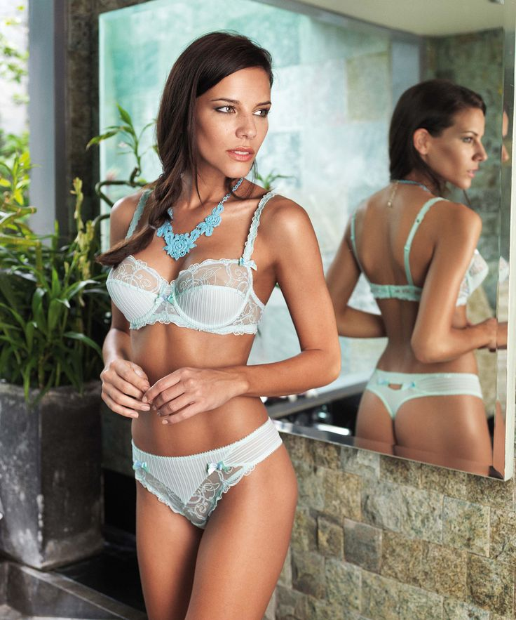Le Meilleur Bilbari Mint Blue French Lace By Allande And Now Ce Mois Ci