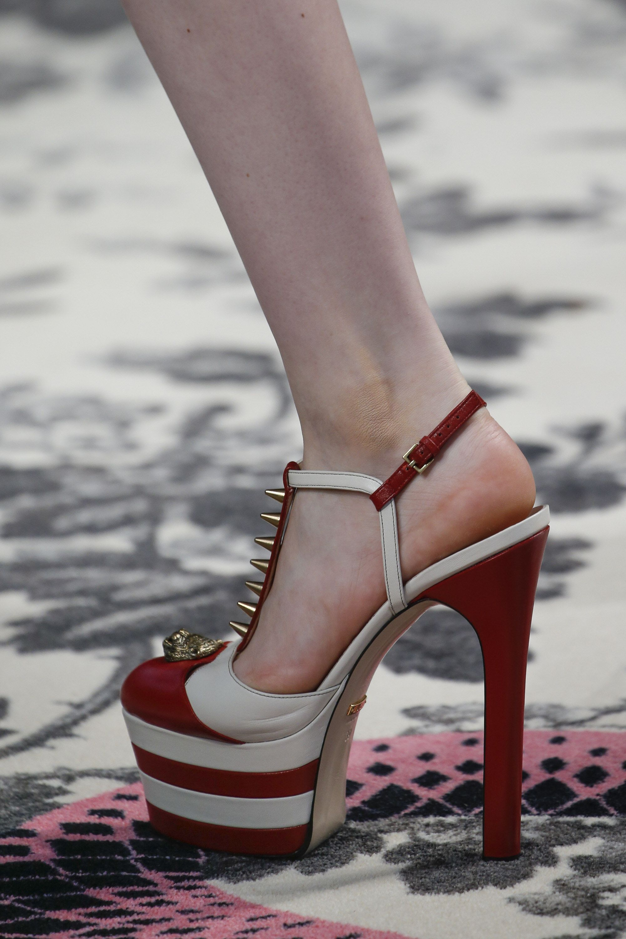 Le Meilleur Gucci Spring 2016 Ready To Wear Fashion Show Pumps Ce Mois Ci