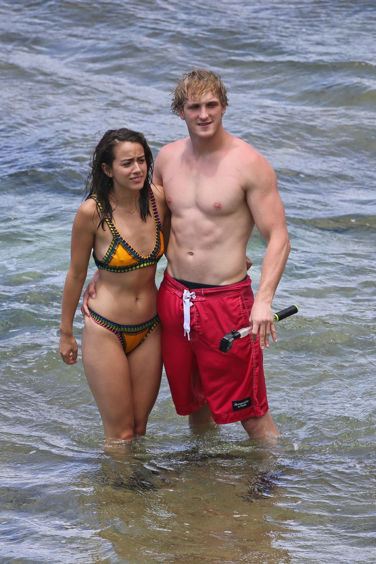 Le Meilleur Chloe Bennet In B*K*N* With Her New Boyfriend Logan Paul Ce Mois Ci