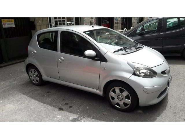 Le Meilleur Sold Toyota Aygo 1 12V Vvt I 5 P Used Cars For Sale Ce Mois Ci