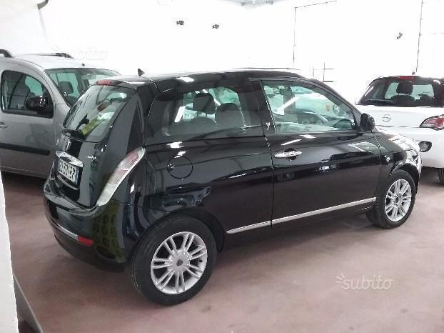 Le Meilleur Sold Lancia Ypsilon 2010 1 3 Mul Used Cars For Sale Ce Mois Ci