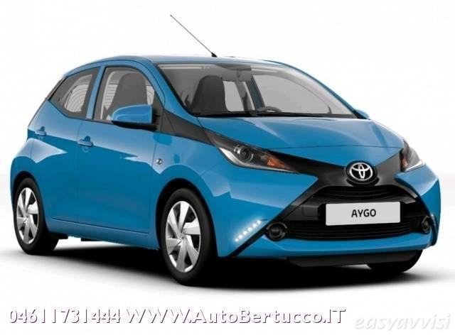 Le Meilleur Sold Toyota Aygo 1 5P X Play Ben Used Cars For Sale Ce Mois Ci
