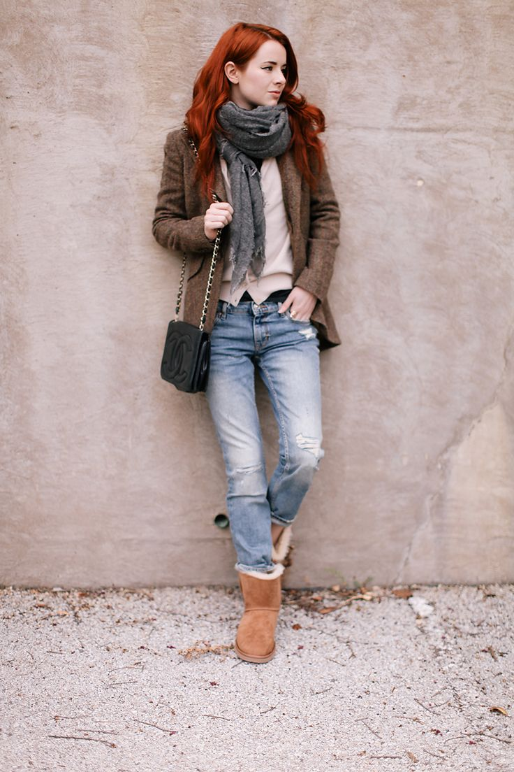 Le Meilleur Stylish Ways To Wear Uggs This Winter Grey Blazers And Ce Mois Ci