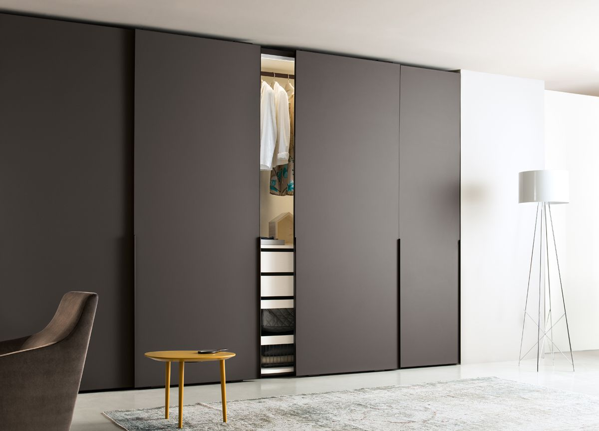 Le Meilleur The Ghost Corner Wardrobe From Jesse Furniture Italy Has Ce Mois Ci