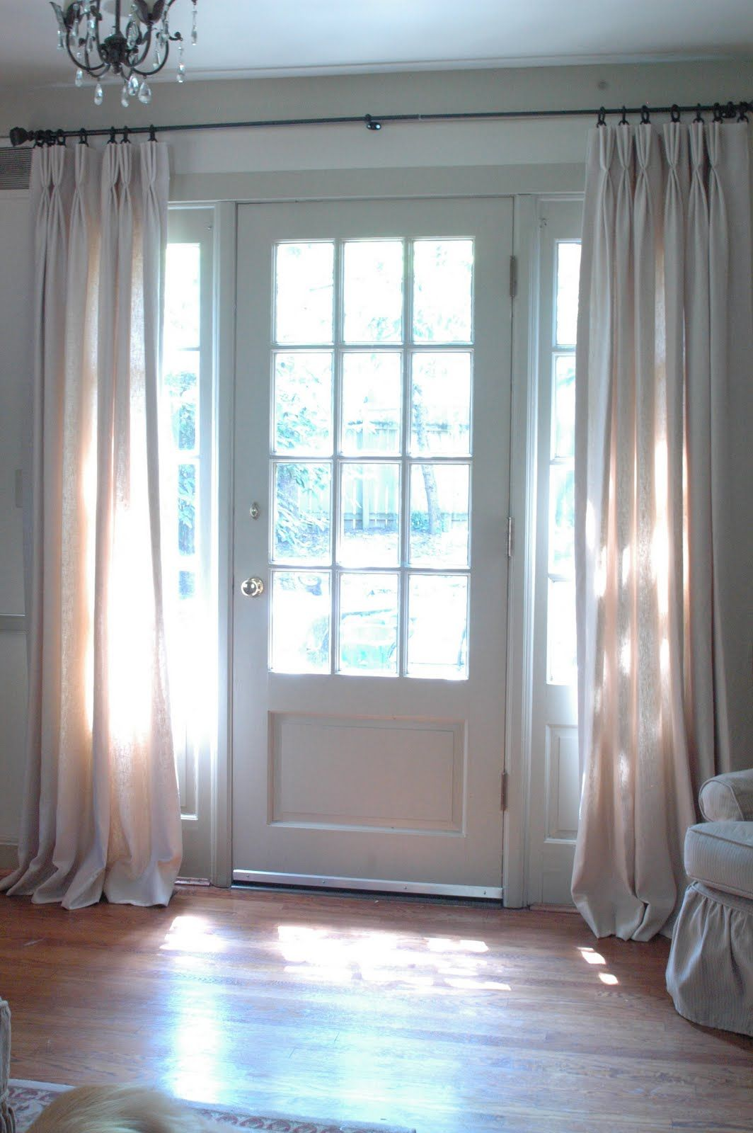 Le Meilleur More Hanging Curtains By The Front Door Only If Curtains Ce Mois Ci