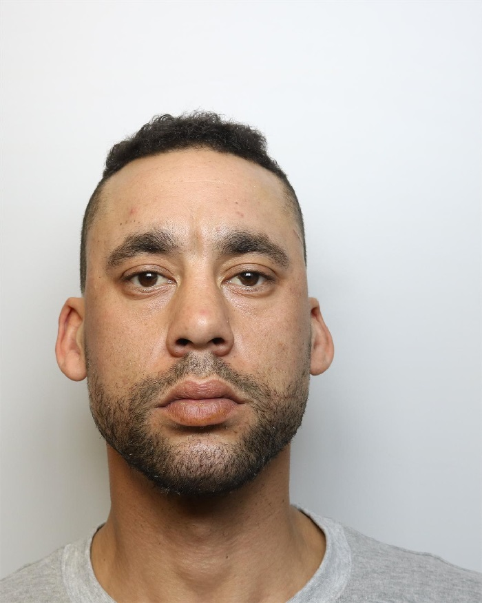 Le Meilleur Anthony Porter Jailed For R*P* And Assault Ce Mois Ci