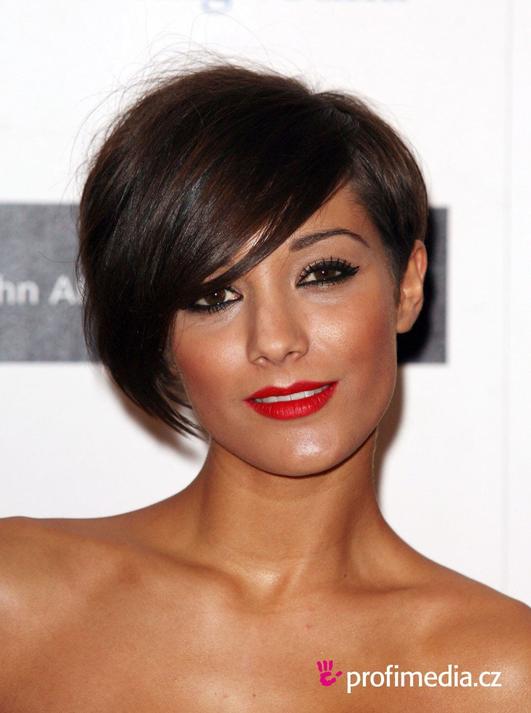 The Best Frankie Sandford Hairstyle Easyhairstyler Pictures
