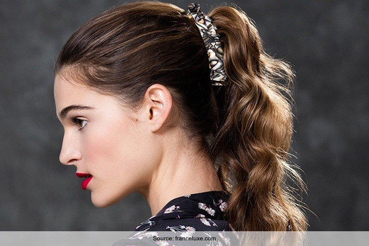 The Best 7 Easy Banana Clip Hairstyles For Every Occasion Pictures