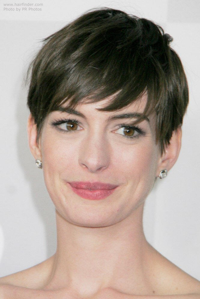 The Best Anne Hathaway S Short Pixie Cut Style With The Hair Swept Pictures