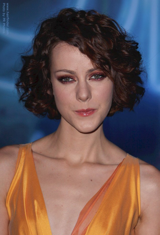 The Best Jena Malone S Short Curly Hairstyle For A Long Oblong Face Pictures