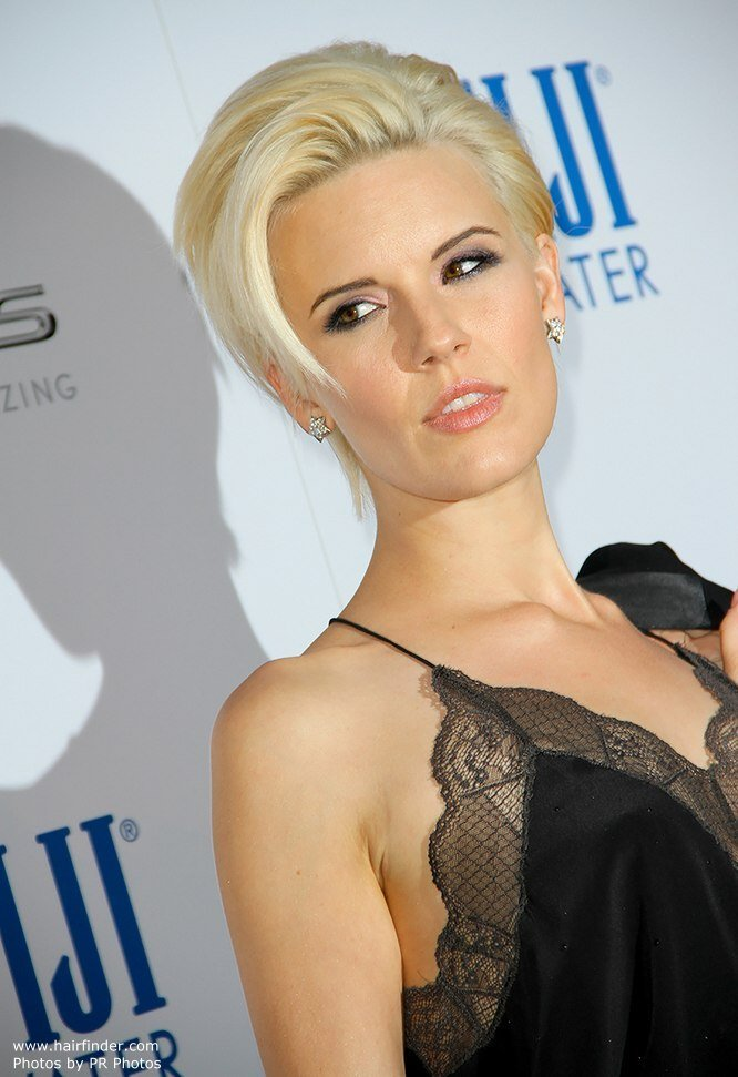 The Best Maggie Grace Pixie Pictures