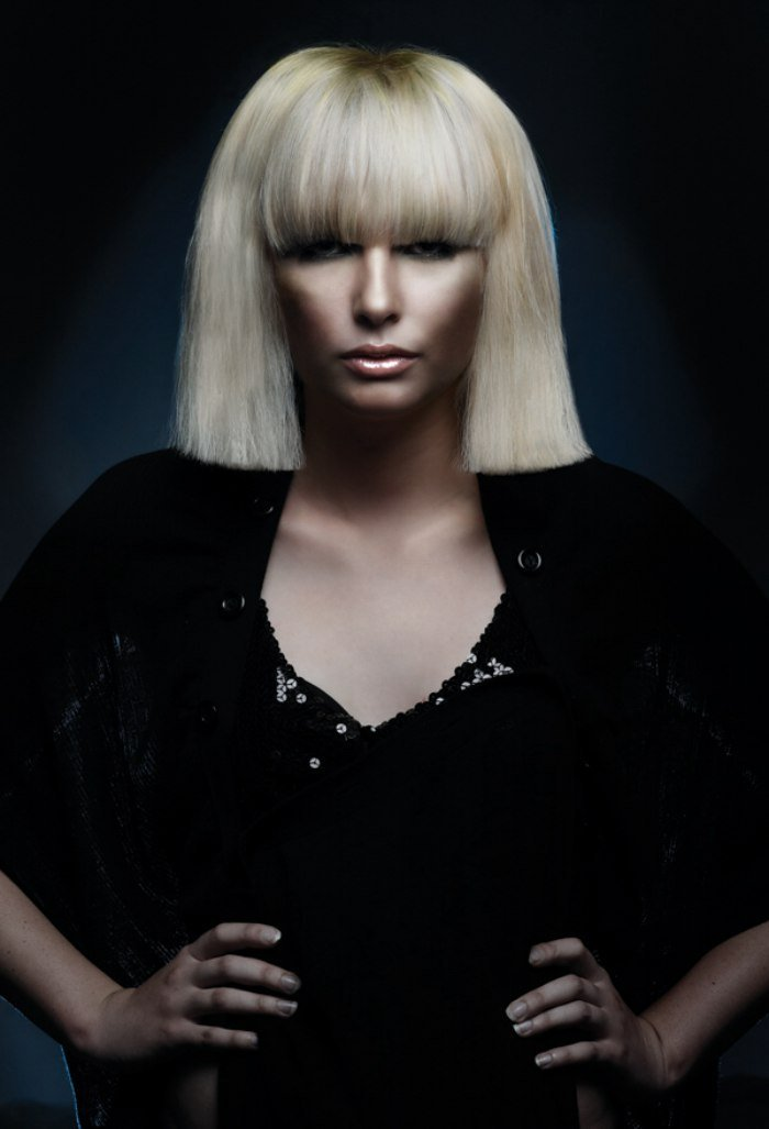 The Best Platinum Blonde Bob With A Straight Cutting Line For Thick Pictures