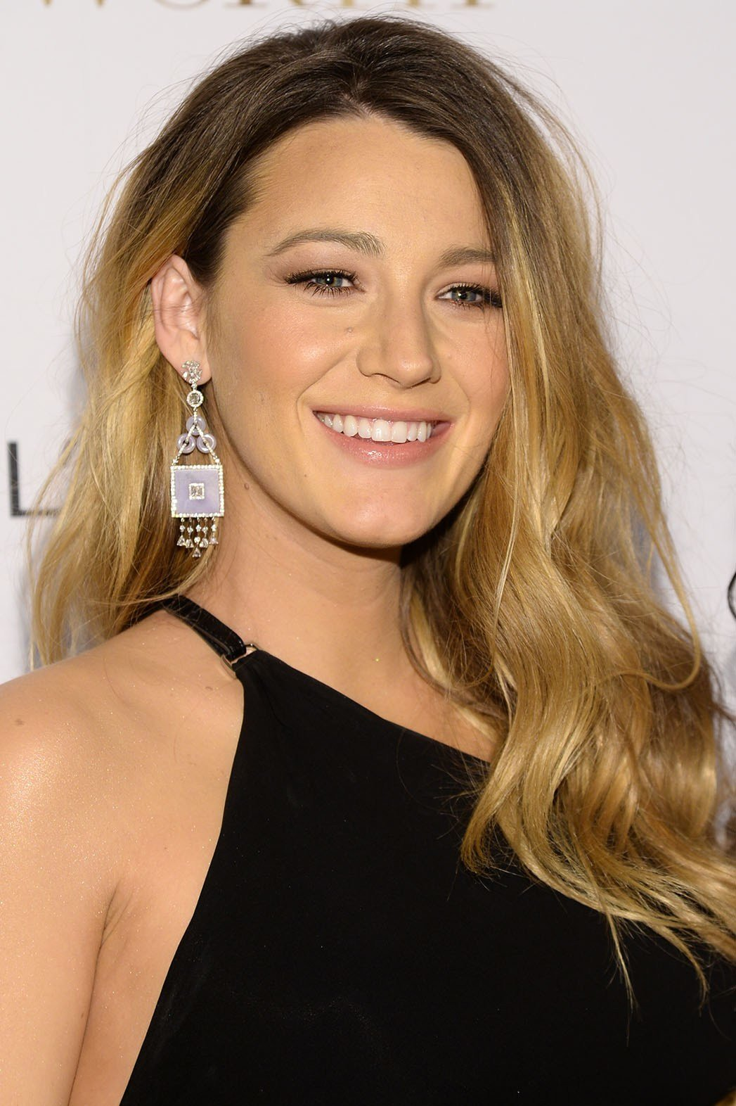 The Best Blake Lively Has Stopped Coloring Her Hair Hollywood Pictures